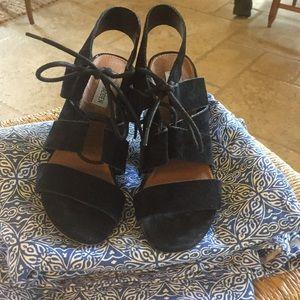 Back suede Madden heels size 7